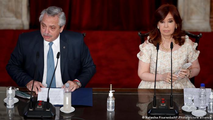 El presidente Alberto Fernández y la vicepresidenta Cristina Fernández de Kirchner. Milei rechaza no solo a los peronistas, ahora en el gobierno, sino también sus opositores tradicionales.