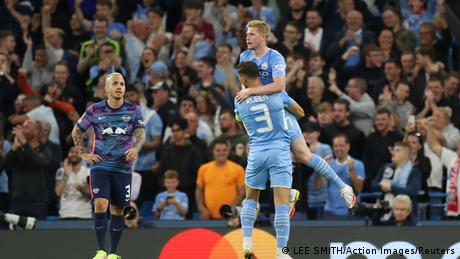 Champions League: Manchester City hit RB Leipzig for six