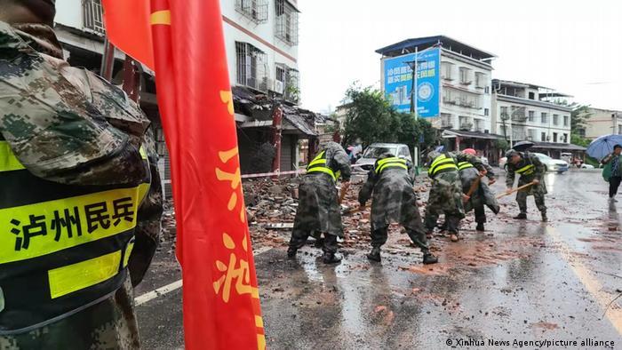 China I Erdbeben in Luxian