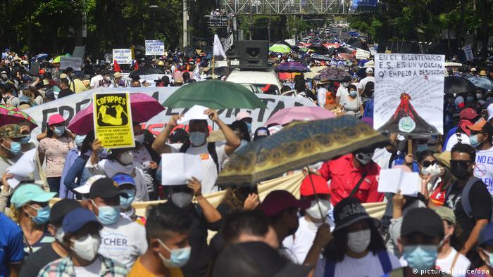 Unruhen in El Salvador