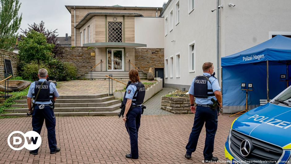 German police foil 'Islamist' attack on a synagogue