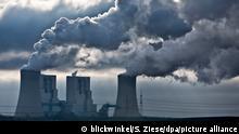 Braunkohlekraftwerk Neurath, Bloecke F und G, groesste Kraftwerk in Deutschland, Deutschland, Nordrhein-Westfalen, Grevenbroich | Neurath Power Station, BoA 2 and 3, largest power station in Germany, Germany, North Rhine-Westphalia, Grevenbroich