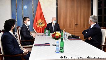Montenegro Krise l Premierminister Krivokapic mit einigen Ministern