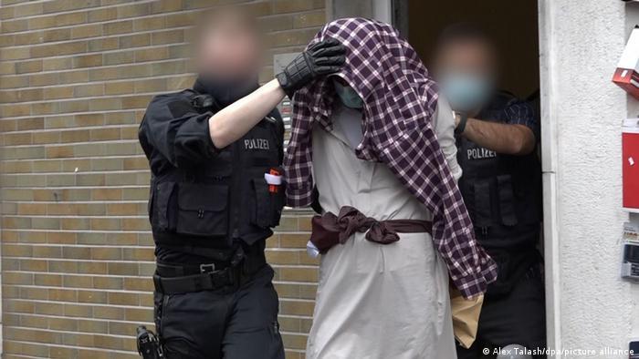 Festnahme eines der vier Verdächtigen in Hagen