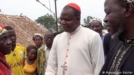 Extrait du film Sírírí, avec le cardinal Nzapalainga et l'imam Layama en Centrafrique