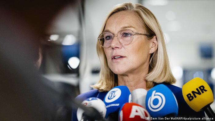 Niederlande l Niederländische Außenministerin Sigrid Kaag tritt zurück