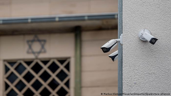 Cámaras de seguridad en la sinagoga de Hagen.