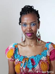 Ntailan Lolkoki, escritora keniana.