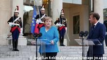 Le President de la Republique francaise Emmanuel Macron recoit Angela Merkel Chanceliere federale d Allemagne au Palais de l Elysee NEWS: Macron recoit Merkel- Paris - 16/09/2021 JonathanRebboah/Panoramic PUBLICATIONxNOTxINxFRAxITAxBEL PESRK24022012