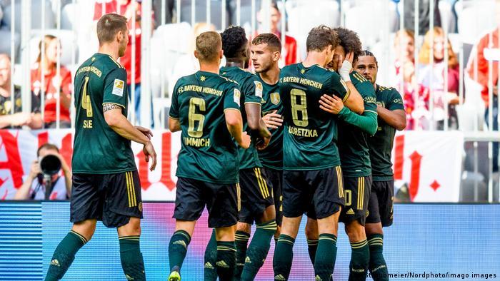 München   FC Bayern München - VFL Bochum   Bundesliga   Torjubel 1:0