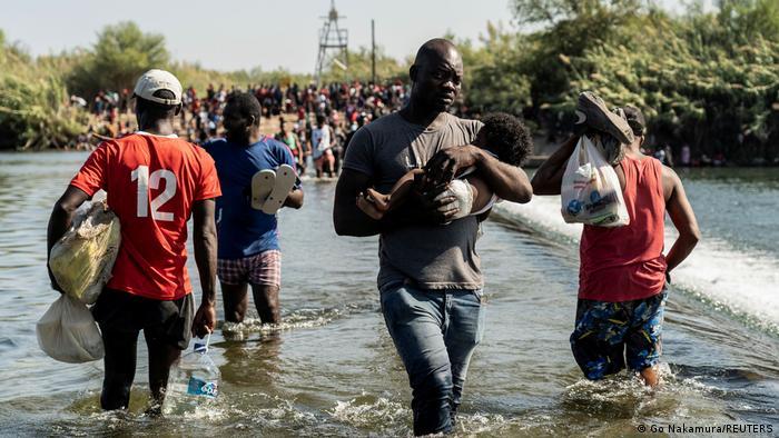 Migranten am Rio Grande im US-Bundesstaat Texas
