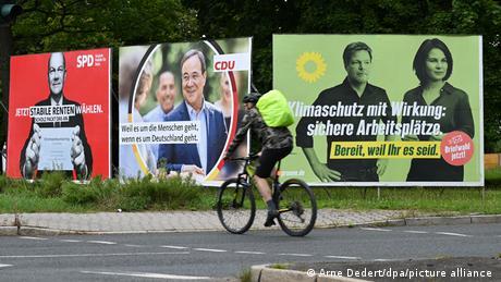 Afișe electorale ale social-democraților (SPD), creștin-democraților (CDU) și ecologiștilor (Die Grünen - Verzii)