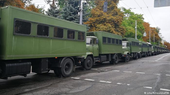 Охорону порядку під час Маршу забезпечують Національна гвардія (на фото) та поліція
