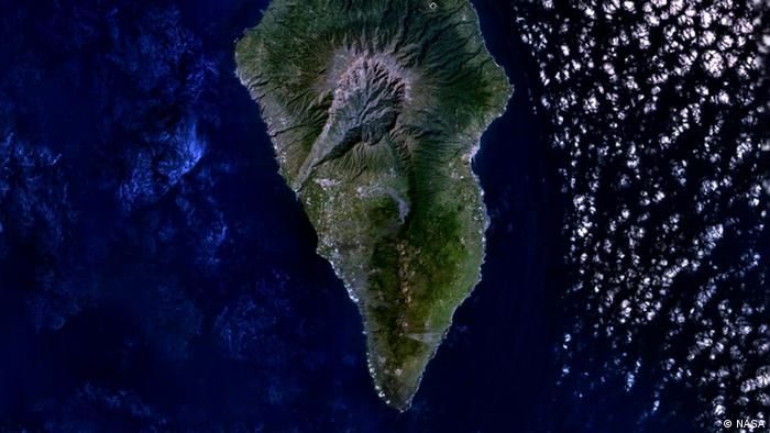 A satellite photo of La Palma