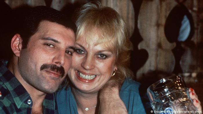 Фредди Меркьюри с актрисой Барбара Валентин