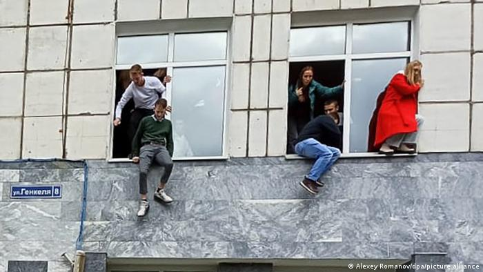 Russland Schießerei an Universität in Perm
