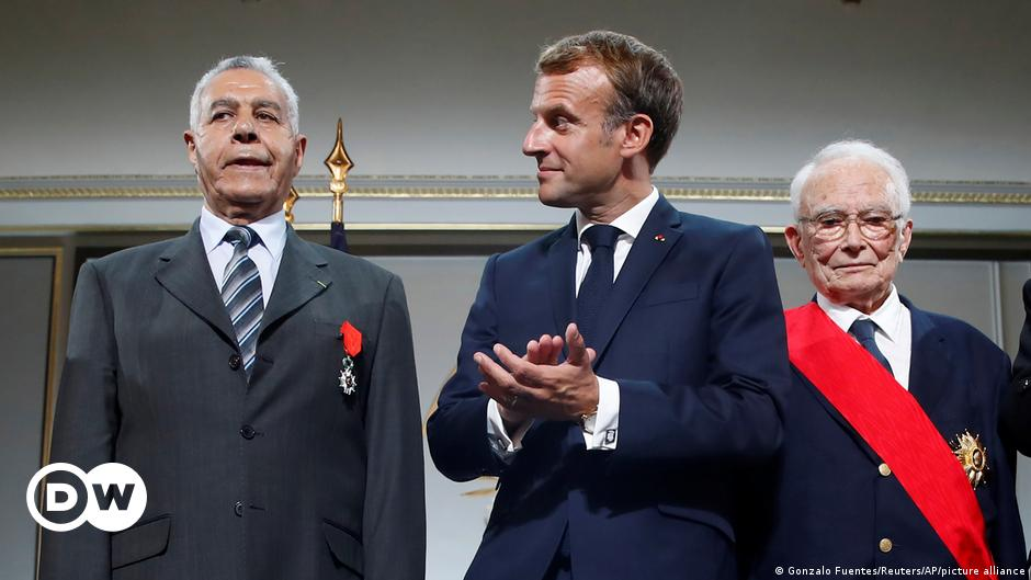 Macron seeks absolution from Algerian Harki survivors