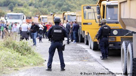 """Κοσσυφοπέδιο-Σερβία: """"Ο πόλεμος"""" των πινακίδων"""