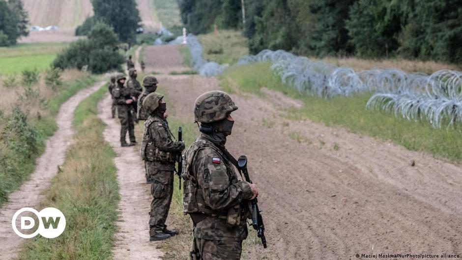 Poland slams Belarus, sends extra troops to border