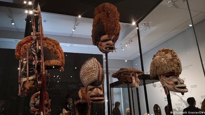 Máscaras de Oceanía en el Foro Humboldt de Berlín.