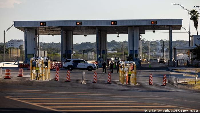 Der geschlossene Grenzübergang bei Del Rio