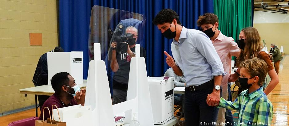 Prime Minister Justin Trudeau casts his ballot