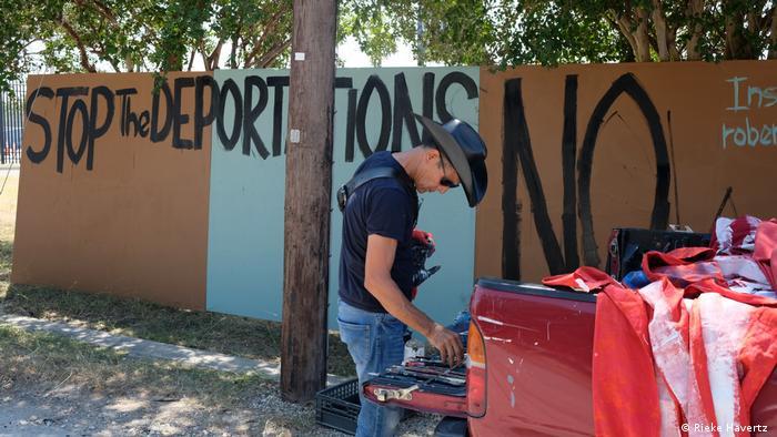 Roberte Robenz Marquez kam einst selbst als Einwanderer in die USA