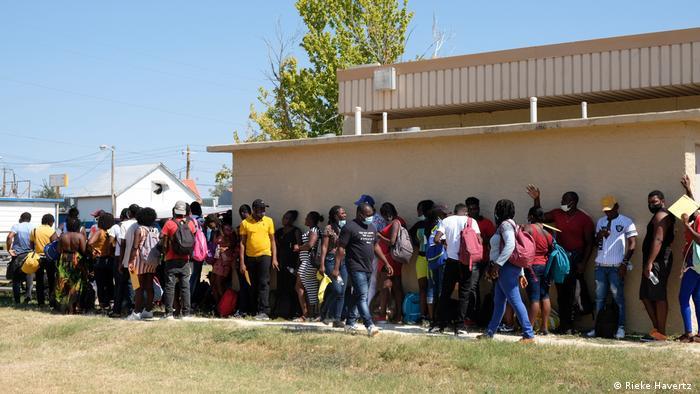 Izbjeglice u redu