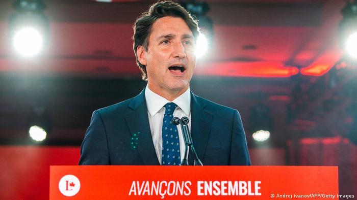 Justin Trudeau discursa em Montreal