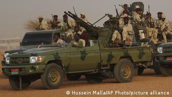 Sudan | Soldaten ARCHIV