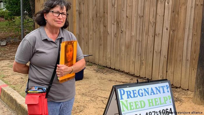 Klinik in Pink kämpft für das Recht auf Abtreibung in den USA