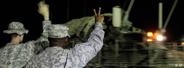 سربازان آمریکائی در حال ترک عراق. آیا سربازی در آمریکا اجباری میشود؟