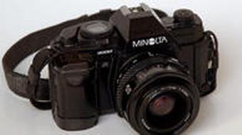 دوربین ۳۵ میلیمتری انعکاسی