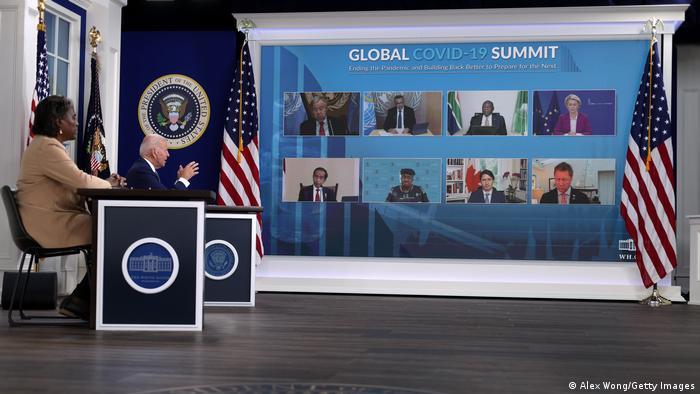Американскиот претседател Џо Бајден говори на Глобалниот Ковид-19 самит