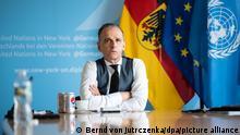 Heiko Maas (SPD), Außenminister, sitzt in einem Konferenzraum im Deutschen Haus, der Ständigen Vertretung der Bundesrepublik Deutschland bei den Vereinten Nationen (UN), und nimmt an einer virtuellen G20-Außenministerkonferenz zum Thema Afghanistan teil. In dieser Woche findet die 76. Generaldebatte der UN-Vollversammlung statt. Etwa 80 Staats- und Regierungschefs nehmen daran teil.