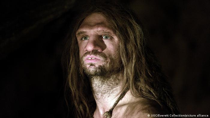 Para poner a prueba sus teorías, científicos españoles pasaron años simulando el modo en que los neandertales podían buscar comida por la noche. (Foto de referencia)