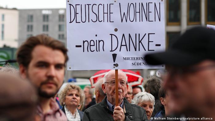 Berlin'de yüksek kira protestosu