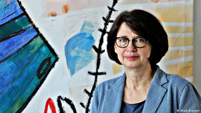 Claudia Bernhard