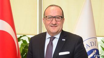 İktisadi Kalkınma Vakfı'nın (İKV) Başkanı Ayhan Zeytinoğlu