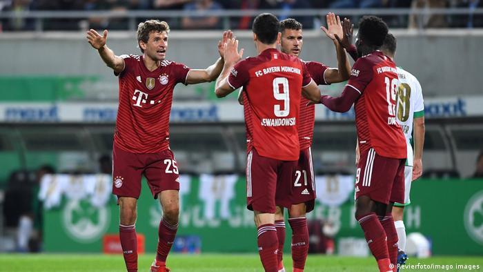 Fußball Bundesliga Greuther Fürth v Bayern München