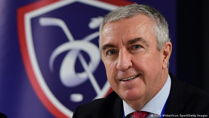 Paris | Luc Tardif Präsidenten des Welteishockey-Verbandes IIHF