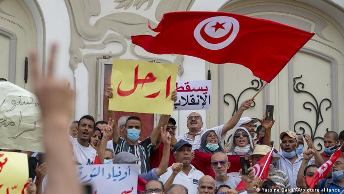 اعتراضات مردمی در تونس به اقدامات بحثبرانگیز قیس سعید، رئیس جمهوری این کشور