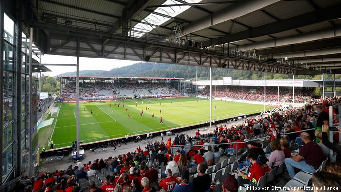 Fußball Bundesliga 6. Spieltag I SC Freiburg - FC Augsburg