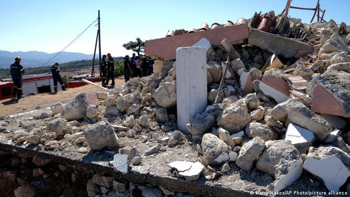 Bajo los escombros de esta iglesia quedó sepultada la única víctima fatal del terremoto.