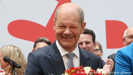 Happy Olaf Scholz after the election