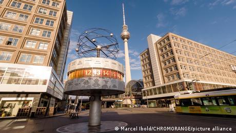 Vista da praça Alexanderplatz em Berlim