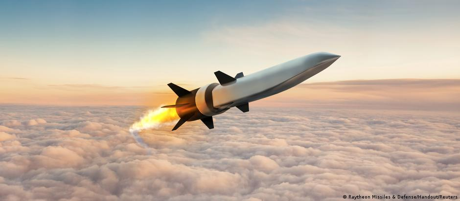 Hypersonic Air-breathing Weapons Concept (HAWC) missile