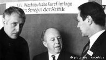 Im Gespräch mit Museumsdirektor Willard van Dyke und Regisseur Evald Schorn. (Foto: picture alliance dpa)