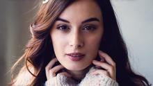 1. Podcast-Cover; Einsatz Presse Titel: 210928 DW Podcastcover_Love Matters.png Beschreibung: DW, Cover (Podcast), Presse, PR, Love Matters with Evelyn Sharma Format: 3000x3000px; PNG