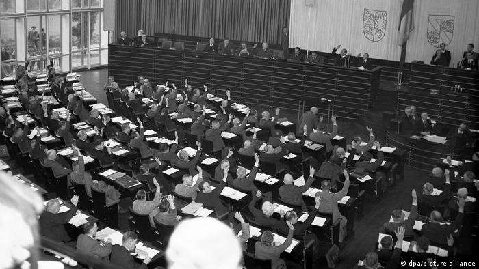 Deutschland | Abstimmung über den Sitz der Bundesregierung 1949